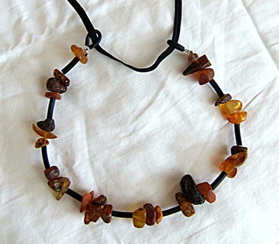 amber-necklace-2.jpg